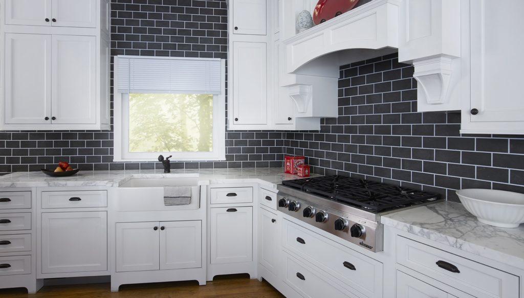 colored backsplash for a kitchen remodel